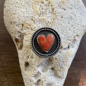 Spiny Oyster Heart Ring 🧡